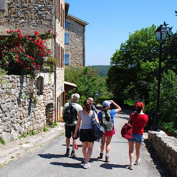 promenade-village-ardeche-montreal